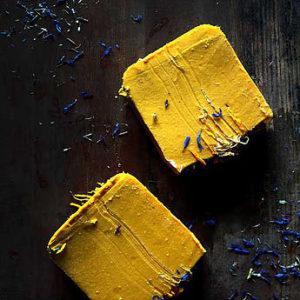 Витаминное мыло. Облепиха и масло ши(карите) Ayurvedic Soap Laura Forest